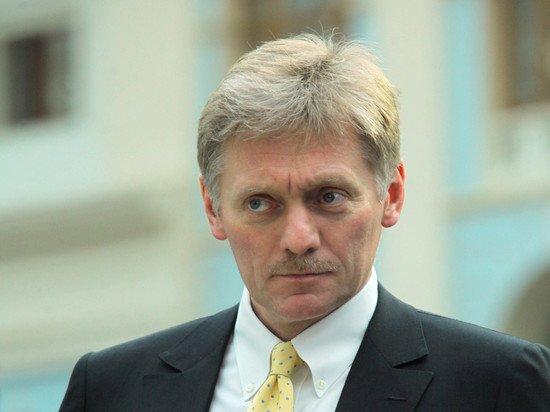 Песков объяснил помощь РФ в тушении пожаров другим странам