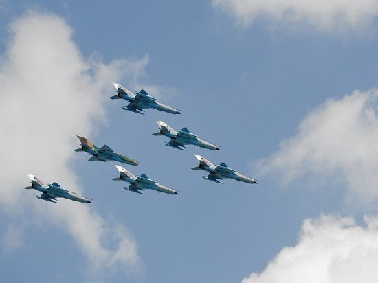 Истребители РФ сопроводили три бомбардировщика США над водами Берингова моря