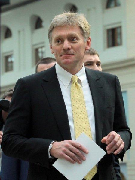 Песков: статус иноагента не означает запрета на работу в РФ