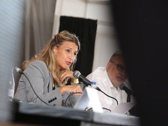 Испанский министр призвала заменить «отечество» на «матчество»
