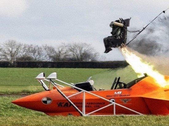 Британская компания сообщила о 7652 успешных катапультированиях с их оборудованием