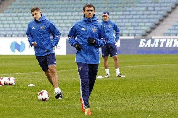 Дзагоев продлил контракт с ЦСКА