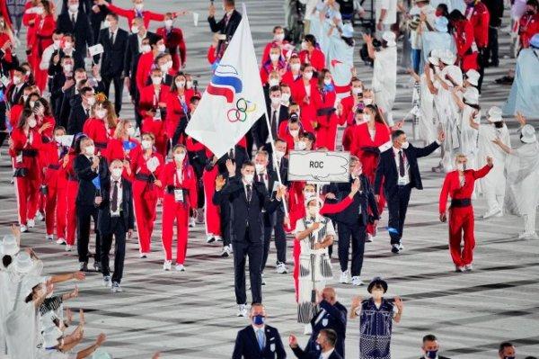 Российские спортсмены приняли участие в церемонии открытия Олимпиады