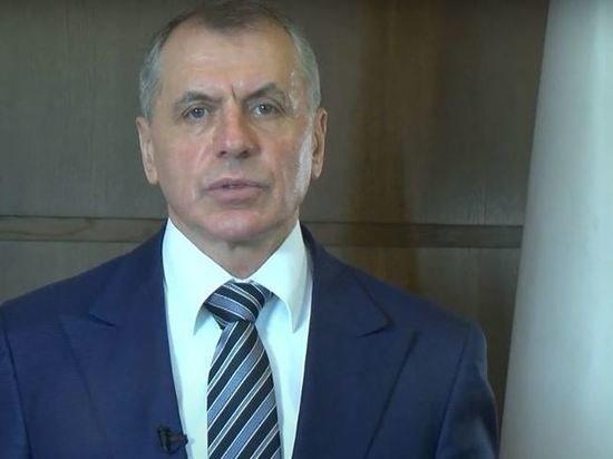 Глава парламента Крыма решил работать бесплатно