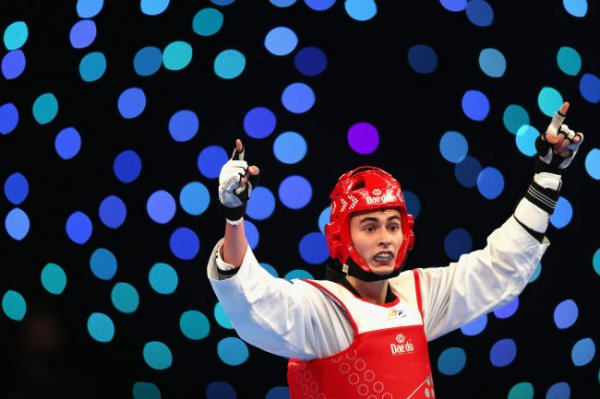 Тхэквондист Артамонов принес России вторую медаль на Олимпиаде-2020