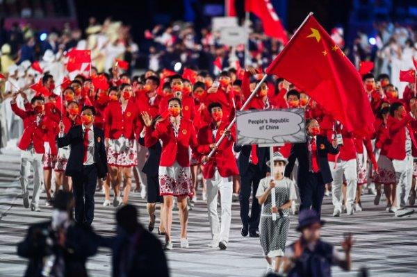 Китай лидирует в медальном зачете после первого дня Олимпиады в Токио