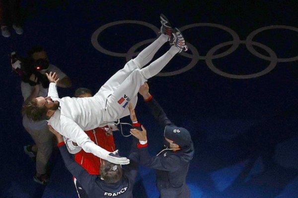Французский шпажист Каннон стал олимпийским чемпионом Игр в Токио