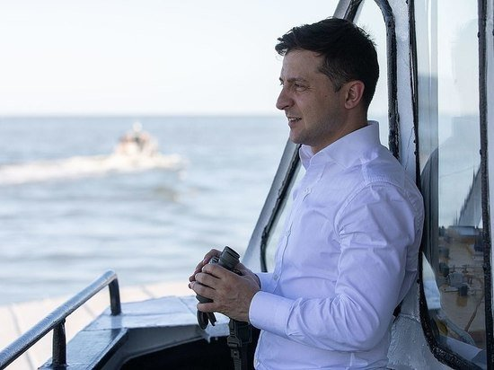 Экс-депутат Рады счел, что Зеленский стал