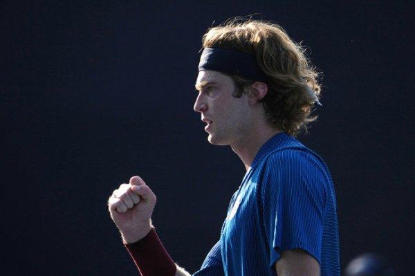 Теннисист Рублев рассказал об угрозах в свой адрес после поражений