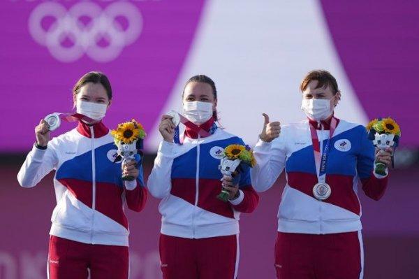 На Дону поздравили лучницу Елену Осипову с олимпийской медалью