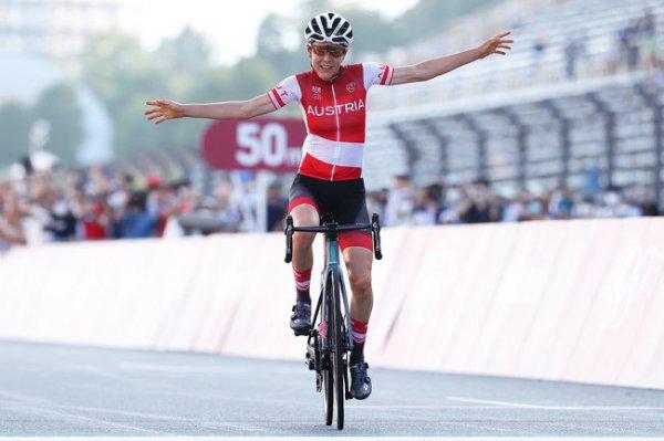 Австрийская велогонщица стала олимпийской чемпионкой в шоссейной гонке