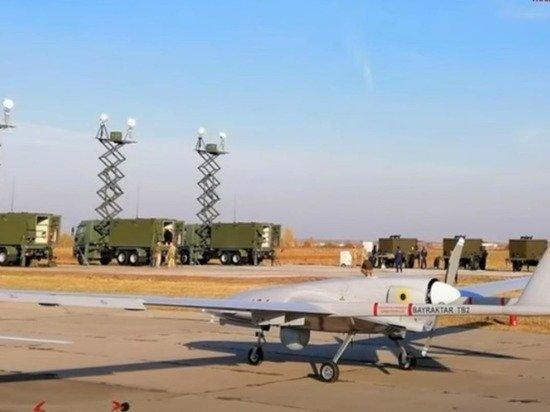 Украинцы сделали «арабский тюнинг» бомбящим Донбасс дронам