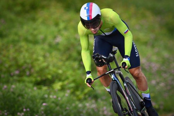 Словенец Роглич выиграл раздельную гонку на Олимпиаде в Токио
