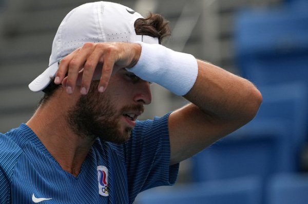 Теннисист Карен Хачанов вышел в полуфинал олимпийского турнира