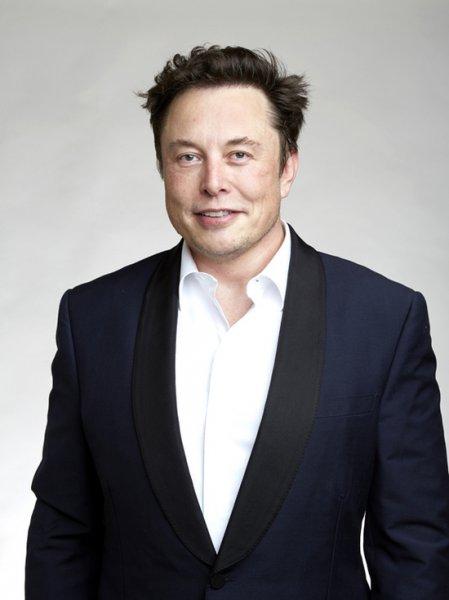 Илон Маск поздравил с доставкой на МКС