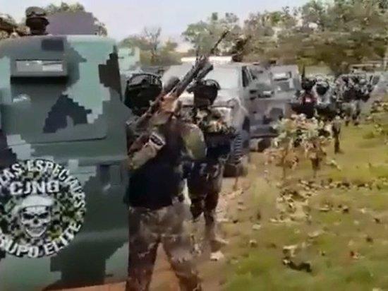 Война рядом с США: в Мексике наркокартели устроили бойню