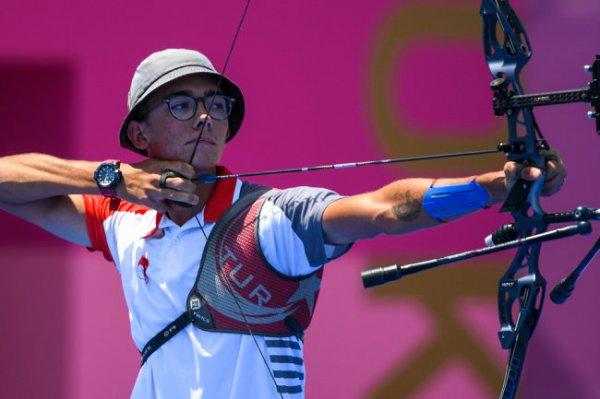 Турок Мете Газоз завоевал золотую медаль Олимпиады в стрельбе из лука