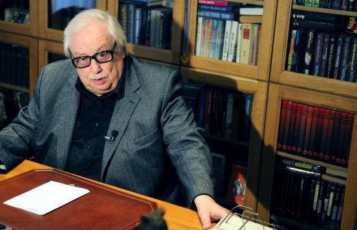 Скончался бывший ведущий программы «Время» Юрий Петров