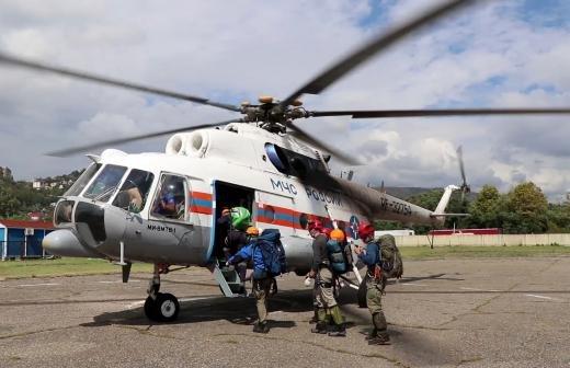 В Абхазии спасли вышедших в море на сапбордах российских туристов