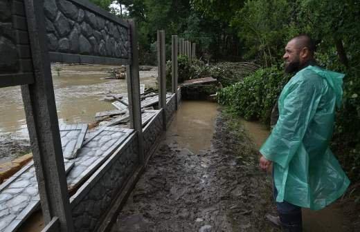Борт МЧС доставил продукты в пострадавшие от паводка села Забайкалья