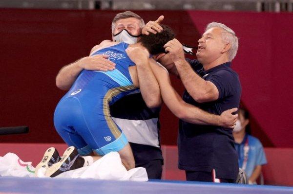 Путин поздравил борца Сидакова с победой на Олимпиаде в Токио