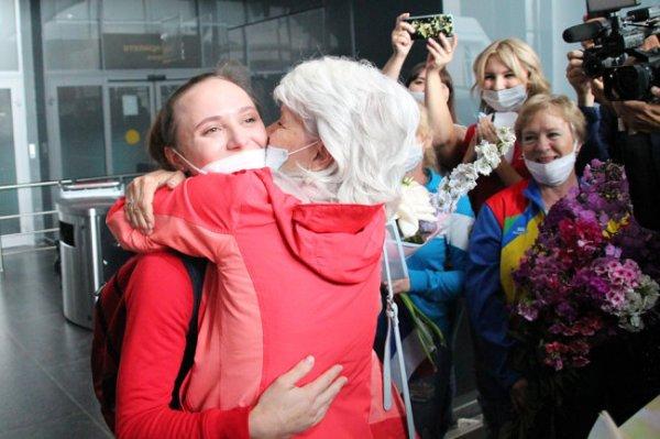 В Кузбассе встретили гимнастку Ильянкову, взявшую серебро Олимпиады
