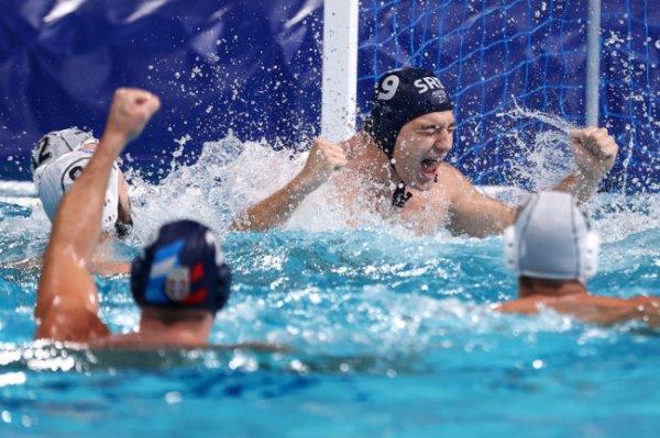 Последнее золото Олимпиады в Токио завоевали ватерполисты сборной Сербии