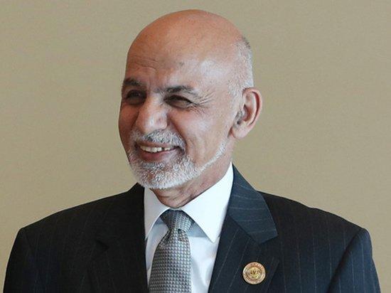 Президент Афганистана бежал из страны