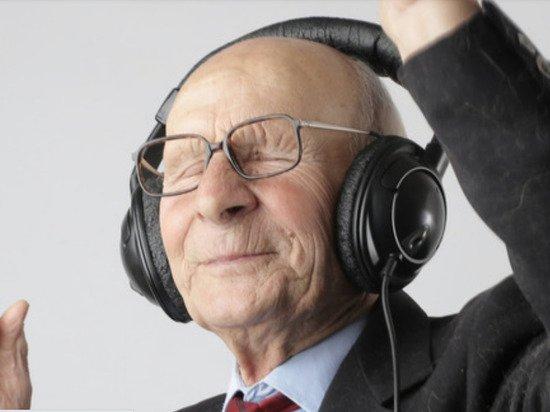 Назван способ сохранить интеллект в старости