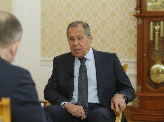 Лавров заявил об опасности вмешательства гражданских институтов в выборы