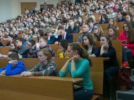 В России могут ввести массовое тестирование студентов на коронавирус