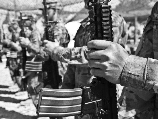 Афганский полицейский рассказал о численном превосходстве талибов