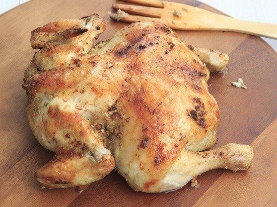 Птицевод назвал главную опасность куриного мяса