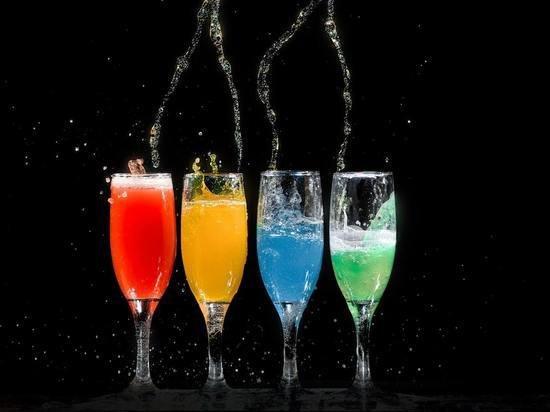 Названы популярные напитки, усиливающие воспалительные процессы