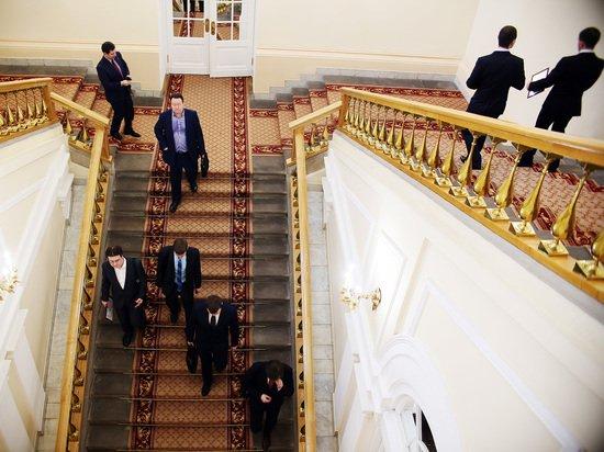 Милонов призвал ввести для депутатов сюртуки вместо брендовых костюмов