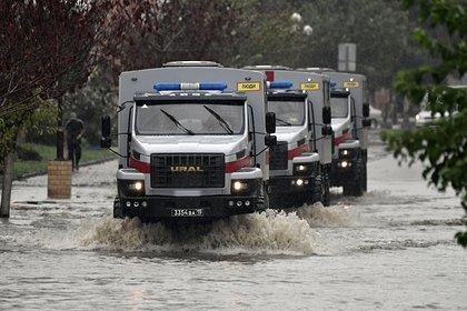 Появилось видео из затопленной дождями Керчи