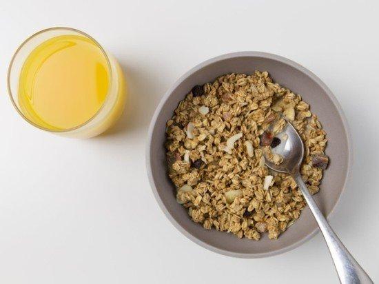 Диетолог назвала идеальный завтрак для начала учебного года