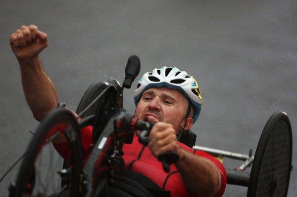 Велогонщик Кузнецов выиграл золото Паралимпиады