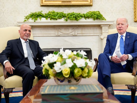 Публикация июльского разговора Байдена и Гани продемонстрировала предательство США
