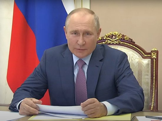 Путин издал странный звук, выражая недовольство развитием Дальнего Востока