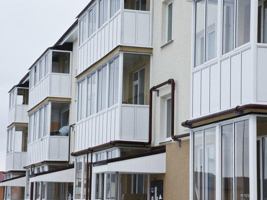 Названы вещи, которые категорически нельзя хранить на балконе