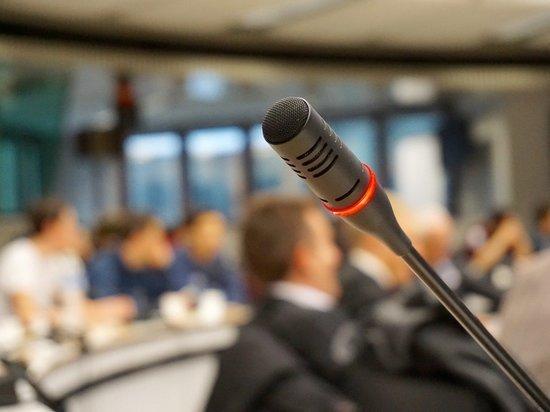 Коммунисты в Ижевске не допустили на пресс-конференцию журналиста