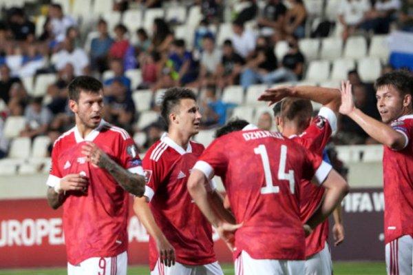 Сборная России по футболу вышла на первое место в группе отбора ЧМ-2022