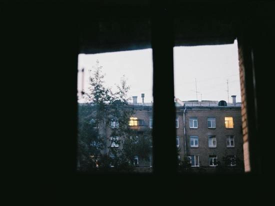 За подглядывание в окна грозит штраф в 200 тысяч рублей