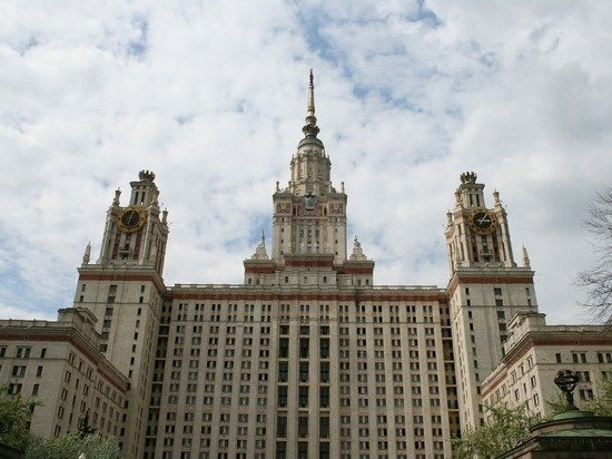 Отец поступившей в МГУ девятилетней девочки опроверг оскорбление студентов