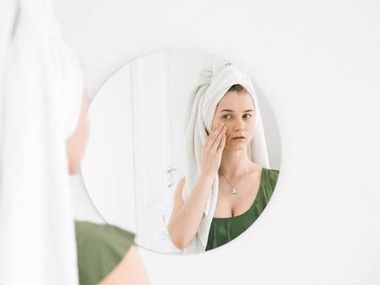 Даны советы дерматологом, как выглядеть на 10 лет моложе