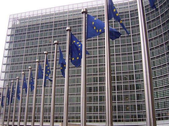 Еврокомиссия призвала Суд ЕС ввести санкции против Польши