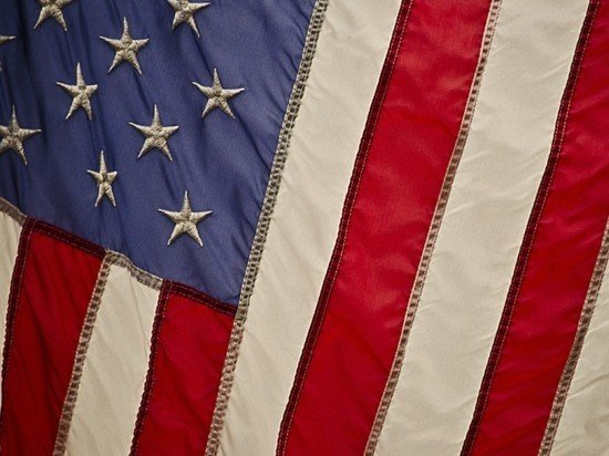 Байден продлил действие указа о санкциях за вмешательство в американские выборы