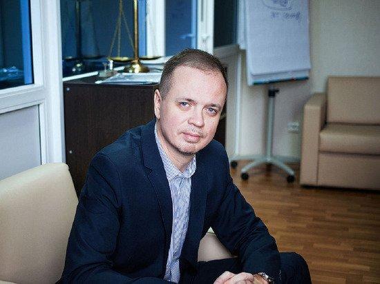 Защищавший Сафронова адвокат покинул Россию