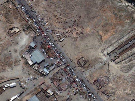 В США рассказали о сотнях пытающихся покинуть Афганистан чартерными рейсами
